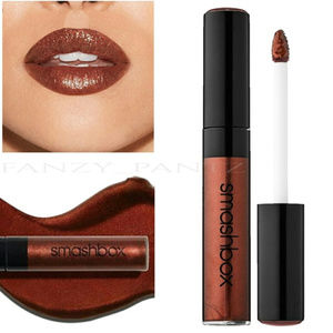 FREE GIFT w/$35 purchase SMASHBOX liquid lipstick